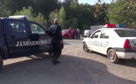 Moarte suspectă pe munte. Bărbat găsit strivit de un copac, la 2 zile de la dispariție