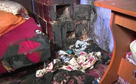 Doi frați au murit intoxicați în casă. Mama a încercat să se sinucidă
