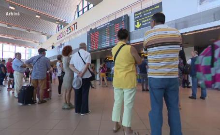turiști, aeroport