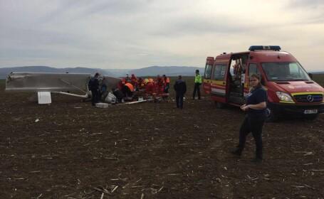 Pilotul avionului care a aterizat forțat în Alba a murit la spital