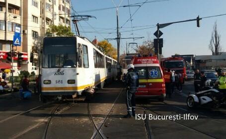 Două tramvaie s-au ciocnit, într-o intersecție din Capitală
