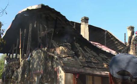 O gospodărie din Buda s-a făcut scrum, din cauza unei oale uitate pe foc