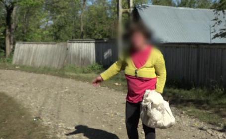 O mamă furioasă din Vaslui a atacat-o pe angajata Protecției Copilului, după ce i-au fost luați copiii