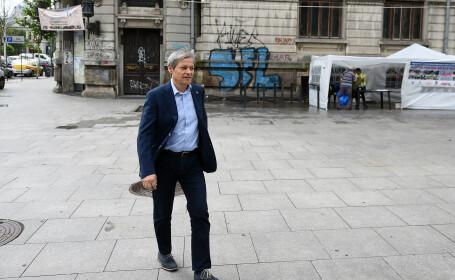"""Cioloș: """"M-am săturat să aud tot timpul că noi, românii, nu putem"""""""