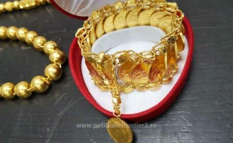 3 kg de bijuterii, descoperite la Cluj în bagajul unui băiat de 14 ani care venea din SUA