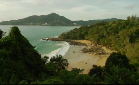 """Paradisul tropical renăscut după un tsunami, vizitat lunar de 750.000 de oameni: """"Vin tineri și bogați"""""""
