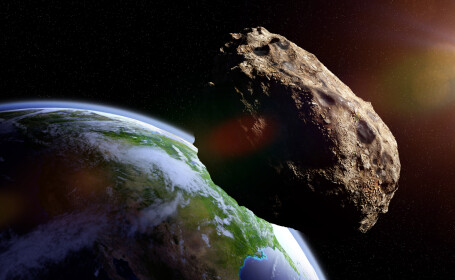 Un asteroid de dimensiunea Marii Piramide din Giza a trecut pe lângă Pământ