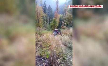 Turiști blocați timp de 10 ore în Munții Retezat