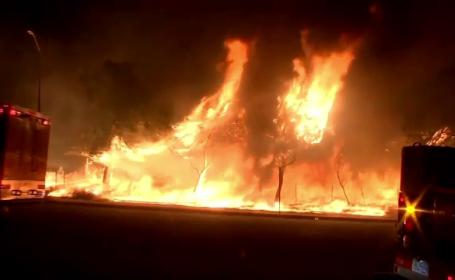 Peisaj de infern în California. O parte din autostrăzi \