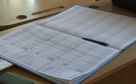 Mai multe organizaţii civice îi cer lui Iohannis să nu promulge noua Lege a Educației