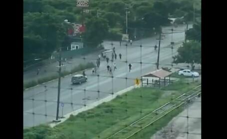 Momentul în care zeci de deținuți sunt eliberați de traficanți în orașul asediat Culiacan