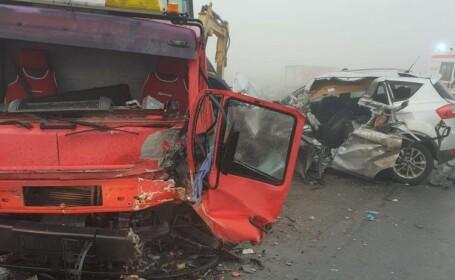 Accident cu 5 victime în Brăila, din cauza ceții