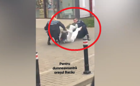 Momentul în care polițiștii din Bacău se chinuie să imobilizeze un bărbat. VIDEO