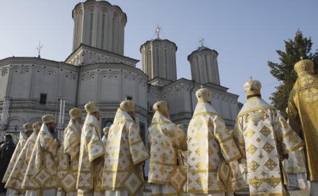 """Nici pelerinajul de Sfântul Dumitru din Bucureşti nu va mai avea loc. Patriarhia: """"Un excesiv superior dispreț"""""""