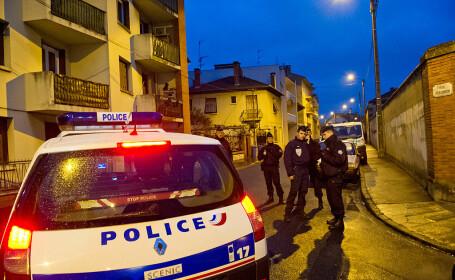 Atac terorist în apropiere de Paris. Un profesor a fost decapitat în mijlocul străzii