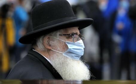 Ultra-ortodocşii din Israel sfidează ultimele restricţii. Zeci de mii de elevi au revenit în școli