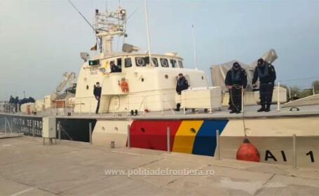 Nave românești, parte a misiunii Frontex, acuzate că împing migranții înapoi în mare