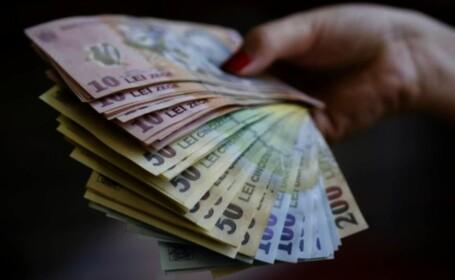 Criza economică i-a afectat și pe românii din diaspora. Câți bani au trimis în țară în acest an
