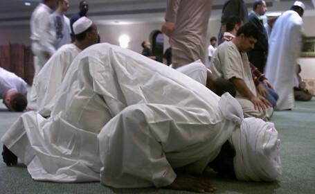 Milioane de musulmani din intreaga lume sarbatoresc Ramadanul