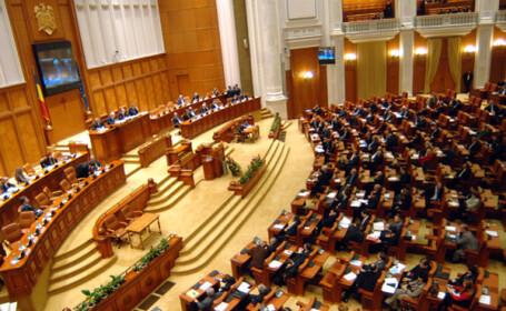 Azi a inceput ultima sesiune parlamentara din acest mandat