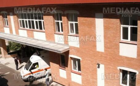 Zeci de romi au facut scandal la Spitalul Judetean din Sibiu
