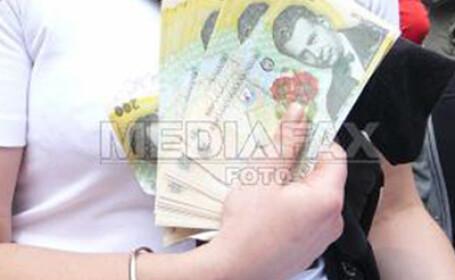 Salariul minim creste de la 1 octombrie la 540 de lei