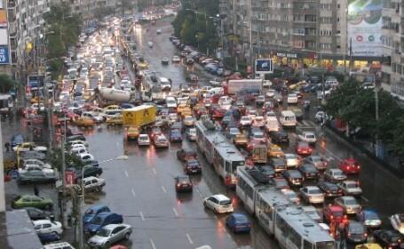 Masinile parcate ilegal in centrul capitalei ridicate de ziua Bucurestiului