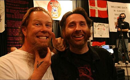 Un fan Metallica si-a lasat barba pana cand trupa a lansat un nou album