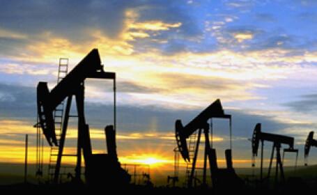 Petrolul, sub 62 de dolari pe baril! Se asteapta recesiunea severa