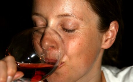 Nu se pot abtine: englezoaicele insarcinate sunt mari amatoare de alcool