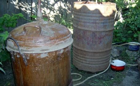 Fabrica ilegala de alcool desfiintata in Bihor