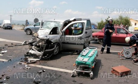 Pitesti: accident in serie pe DN 65. Patru persoane au fost ranite