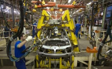 Caderea pietei auto: Renault va mai concedia 2.000 de salariati