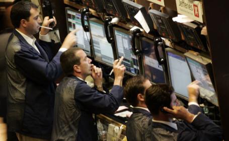 Vezi aici caderile masive ale burselor europene