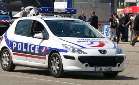 A pierdut controlul camionului si a intrat direct intr-o pizzerie din Paris