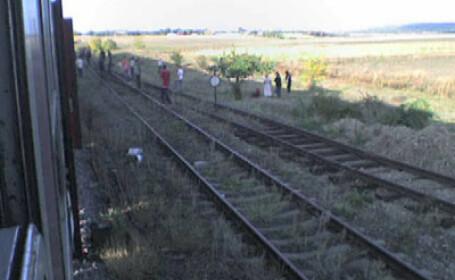 Rapidul 661 Bucuresti - Iasi a deraiat in Berheci, judetul Galati! VIDEO