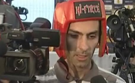 Cameramanul agresat de antrenorul lui Panathinaikos si-a luat casca de box!