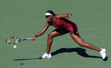 Venus Williams sta pe tusa in acest sezon. S-a accidentat la genunchi