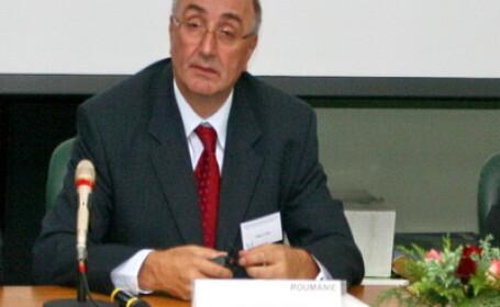 A mai cazut un cap al ministerului de Interne: Mihai Capra si-a dat demisia