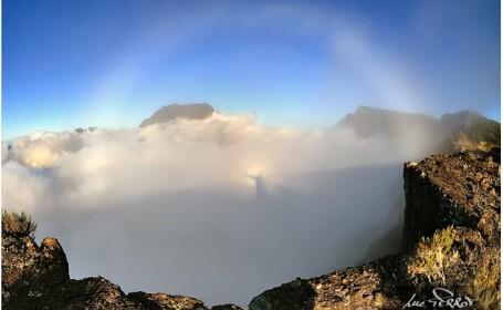 Iisus, fotografiat pe un nor. Aparitia surprinzatoare este insotita de un curcubeu