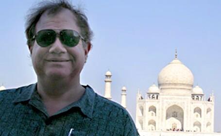 Cercetator american, condamnat la inchisoare.A vrut sa vanda informatii secrete despre satelitii SUA