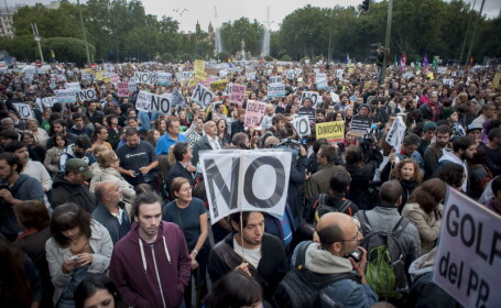 Noi mitinguri in Spania si Italia impotriva masurilor de austeritate.Chiar si politistii protesteaza
