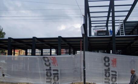 panou acoperit de constructie, Piata 700 Timisoara