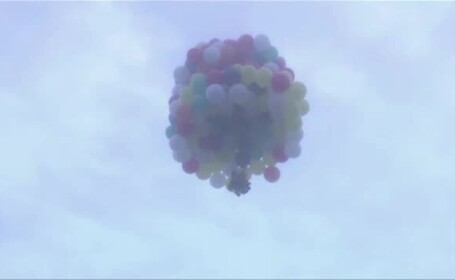 Inspirat de un desen animat, a vrut sa traverseze Atlanticul ajutat de sute de baloane. Ce a patit