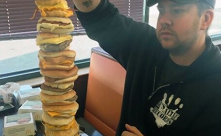Cum arata sandvisul cu \