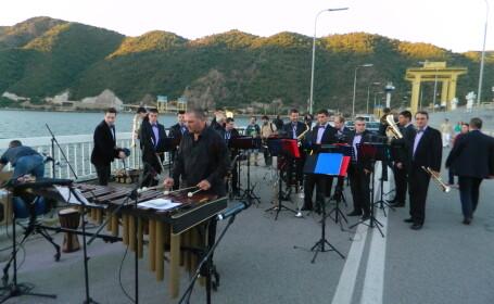Premiera in Romania: orchestra Filarmonicii Banatul va sustine un concert extraordinar intr-un tren