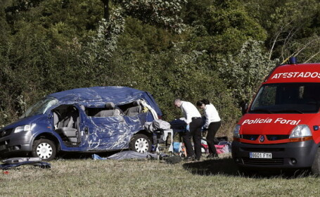 Tragedie pentru o familie de romani in Spania: trei morti si trei raniti, intr-un grav accident de circulatie. Anuntul MAE