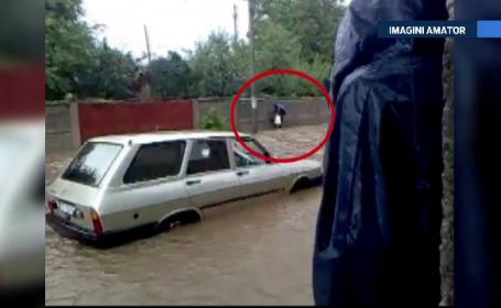O ploaie de 24 de ore a blocat complet orasul Caracal. Strazi si case au fost inundate dupa ce apa s-a revarsat de pe dealuri