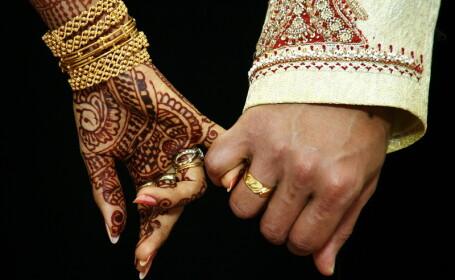 Motivul pentru care o tanara din India a fost obligata de parinti sa se marite cu un maidanez. \