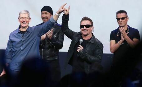 Tim Cook, U2